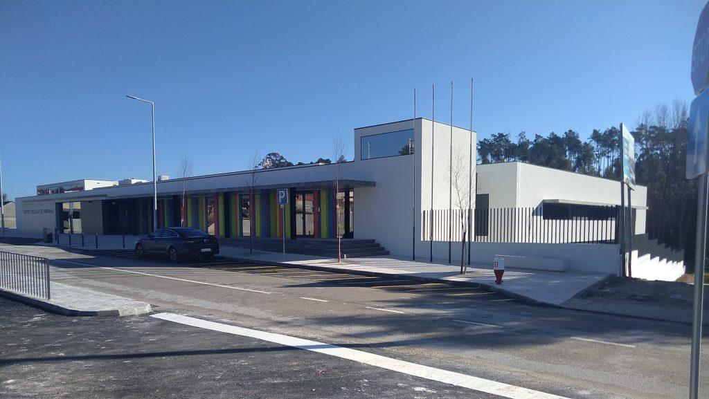 Centro Escolar das Meirinhas construído pela Soteol em 2018