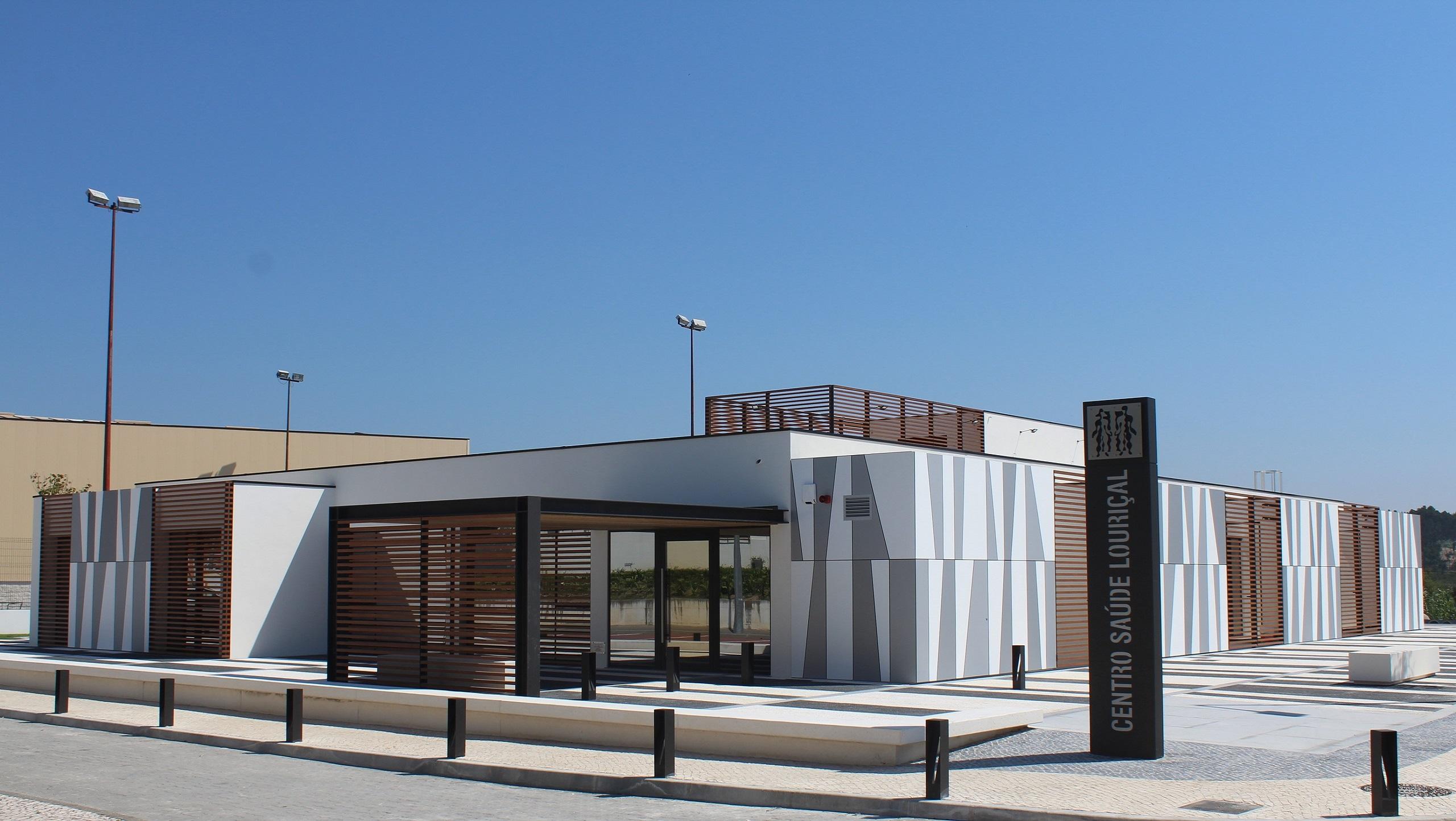 Centro de Saúde Louriçal construído pela Soteol em 2020